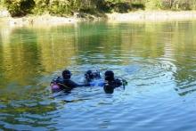 16jetzt sind alle drei im Wasser
